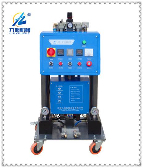聚氨酯发泡设备xinghao:JNJX-Q1600